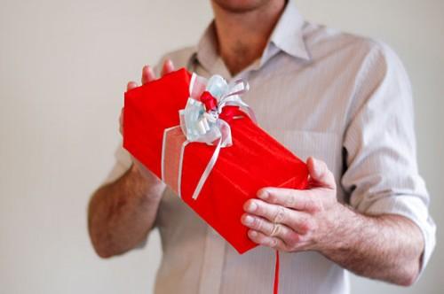Làm thế nào để tặng được món quà mà người nhận thích